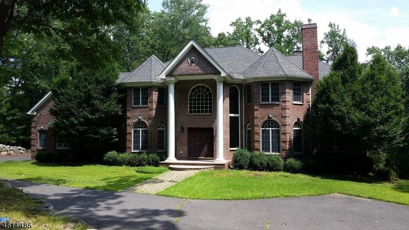独户住宅 为 销售 在 75 Stony Brook Road Montville, 07045 美国