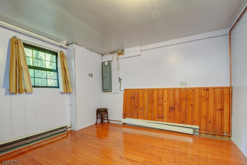 Additional photo for property listing at 49 Forest Avenue  West Orange, Nueva Jersey 07052 Estados Unidos