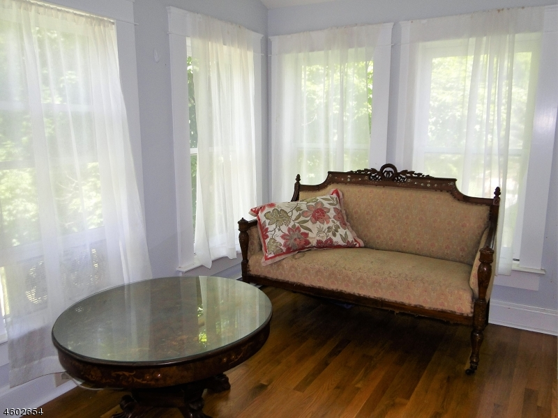 Additional photo for property listing at 21 Roxiticus Road  Mendham, Нью-Джерси 07945 Соединенные Штаты