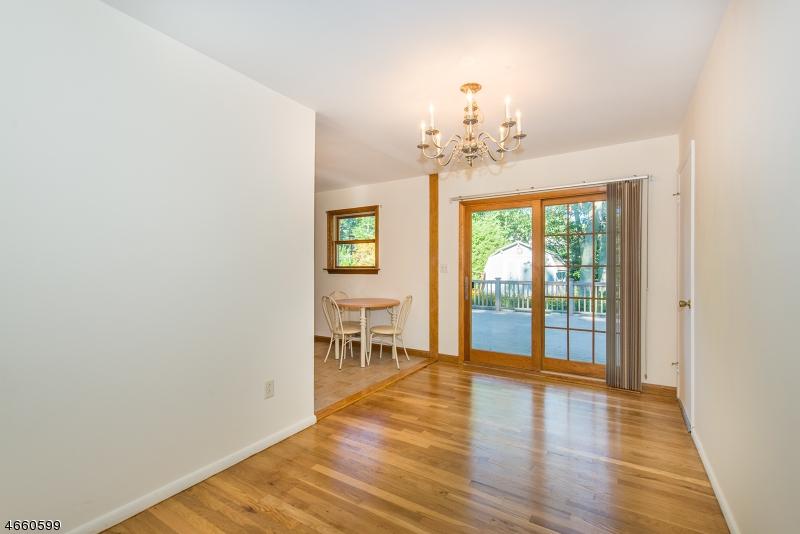 Additional photo for property listing at 48 Summit Road  Oak Ridge, Nueva Jersey 07438 Estados Unidos