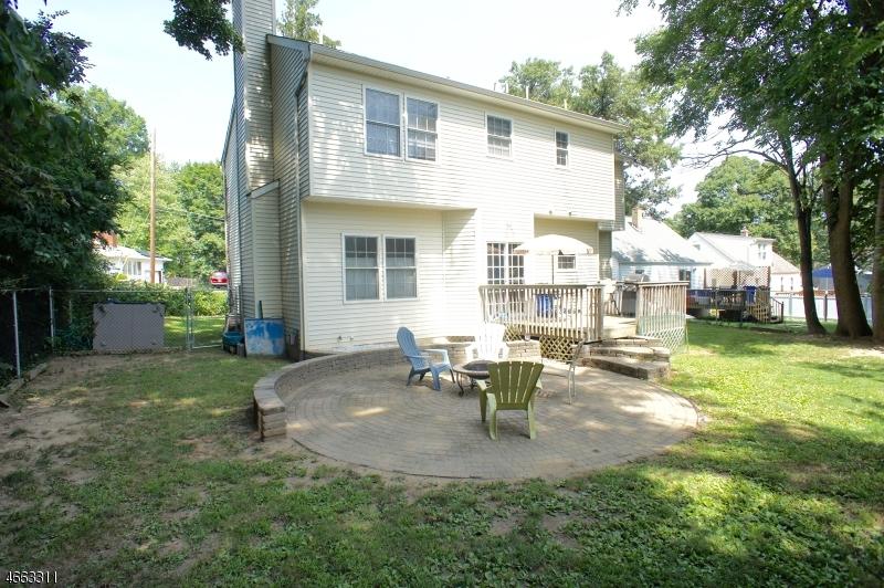 Additional photo for property listing at 76 Glenwood Avenue  Lake Hiawatha, Нью-Джерси 07034 Соединенные Штаты