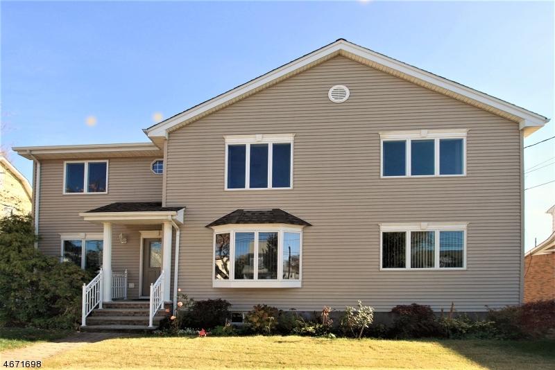 Maison unifamiliale pour l à louer à 83 Wonham Street Clifton, New Jersey 07013 États-Unis