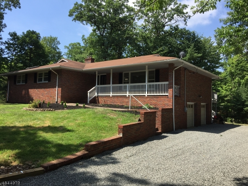 Single Family Home for Sale at 875 Vosseller Avenue Martinsville, 08836 United States