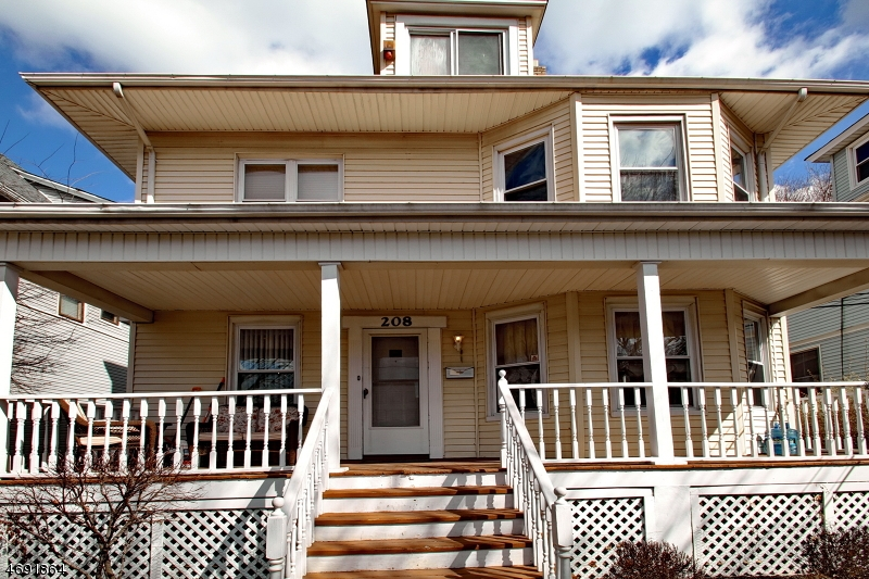 Single Family Home for Sale at 206 Van Houten Avenue Passaic, 07055 United States