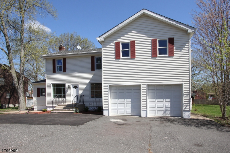 Single Family Home for Sale at 208 Mount Pleasant Avenue East Hanover, 07936 United States