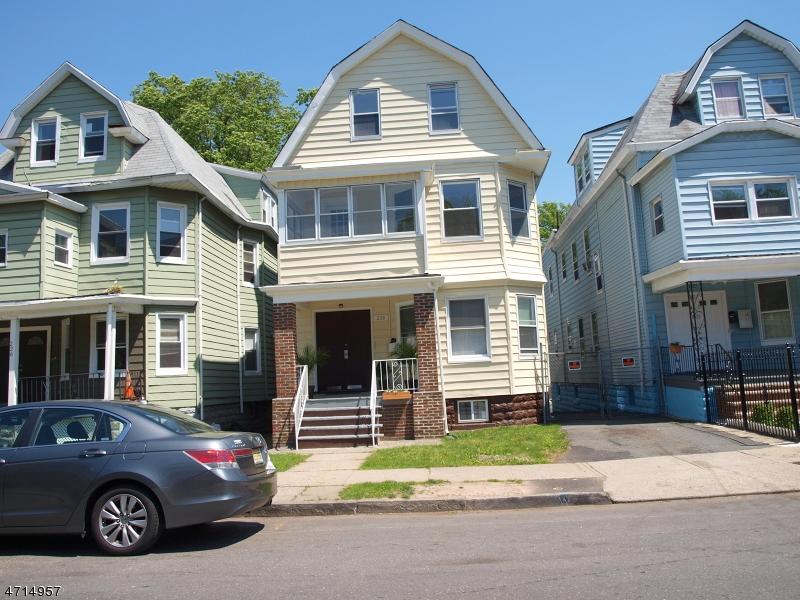 多户住宅 为 销售 在 Address Not Available East Orange, 07018 美国