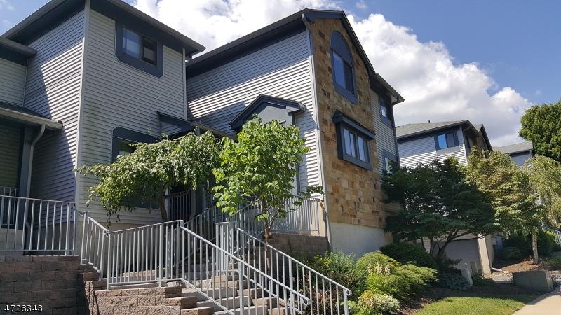 Maison unifamiliale pour l à louer à 134 Overlook Drive Hackettstown, New Jersey 07840 États-Unis