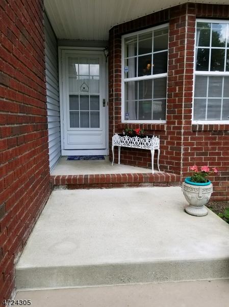 独户住宅 为 出租 在 1204 Magnolia Court 华盛顿, 新泽西州 07840 美国
