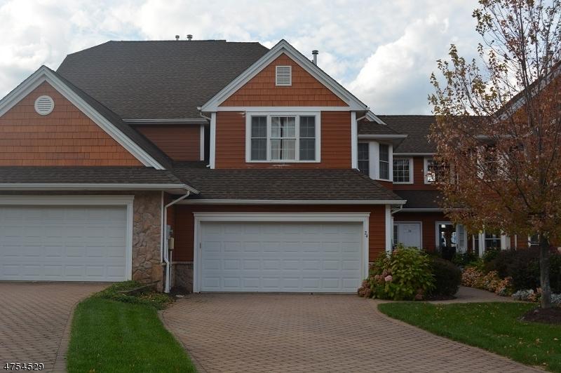 Single Family Home for Sale at 24 Kelburn Court 24 Kelburn Court Hardyston, New Jersey 07419 United States