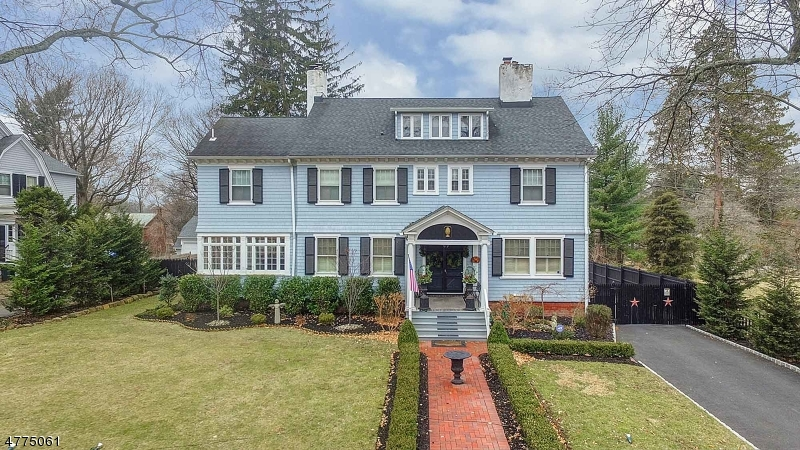 Single Family Home for Sale at 966 HILLSIDE AVENUE Plainfield, New Jersey 07060 United States