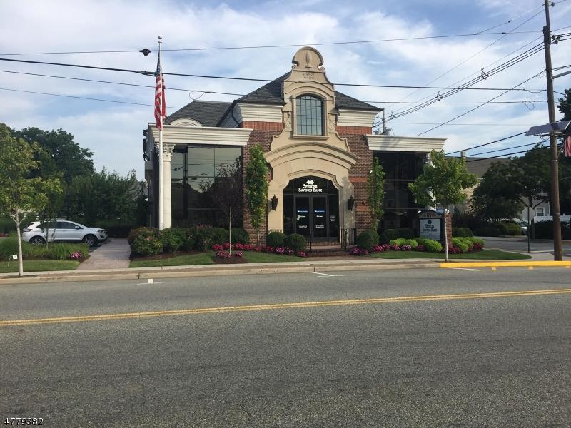 Comercial por un Alquiler en 177 Valley Blvd Wood Ridge, Nueva Jersey 07075 Estados Unidos