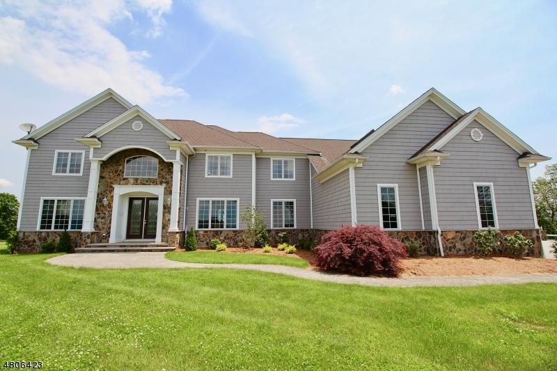 Einfamilienhaus für Verkauf beim 10 Grandview Lane Wantage, New Jersey 07461 Vereinigte Staaten