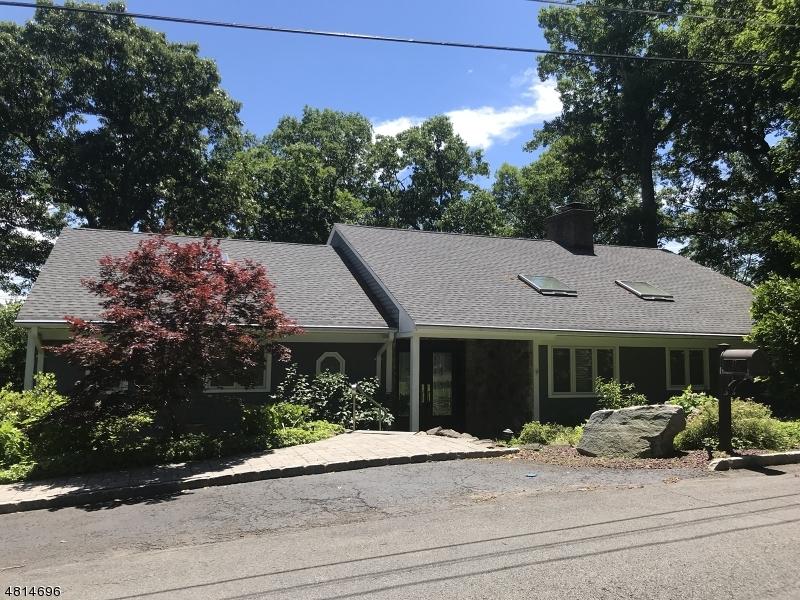 Maison unifamiliale pour l à louer à 27 Buxton Road Chatham, New Jersey 07928 États-Unis