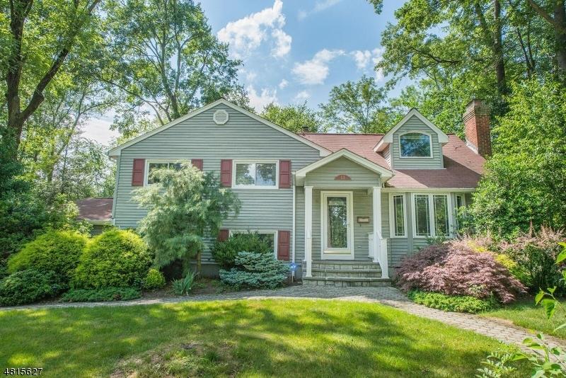 Maison unifamiliale pour l à louer à 13 WALLACE Road Summit, New Jersey 07901 États-Unis