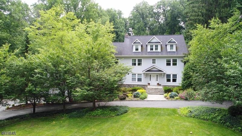 Enfamiljshus för Hyra vid 20 N BRIARCLIFF Road Mountain Lakes, New Jersey 07046 Usa