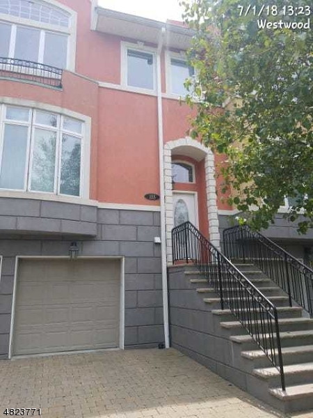 Condo / Townhouse for Sale at 103 WINDING CREEK Old Tappan, New Jersey 07675 United States