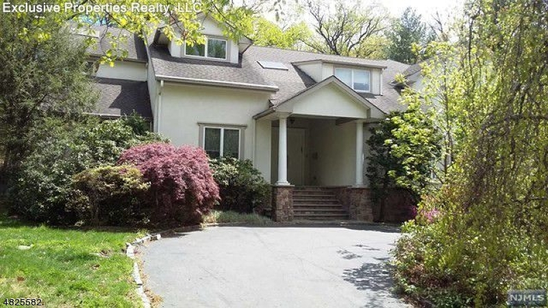 Single Family Home for Sale at 280 DEVON Road Tenafly, New Jersey 07670 United States