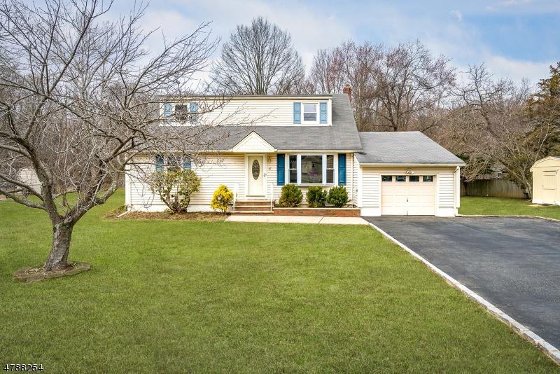 Tek Ailelik Ev için Satış at 67 BIG PIECE Road Fairfield, New Jersey 07004 Amerika Birleşik Devletleri