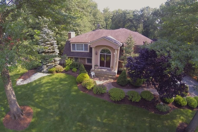 Single Family Home for Sale at 62 FOREMOST MT RD 62 FOREMOST MT RD Montville Township, New Jersey 07045 United States
