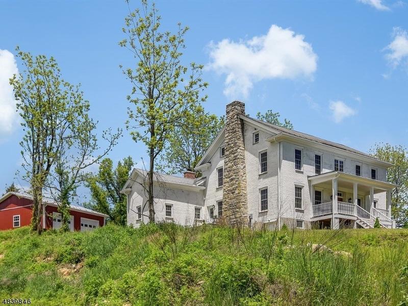 Enfamiljshus för Försäljning vid 12 OLD ORCHARD Road Hardwick, New Jersey 07825 Usa