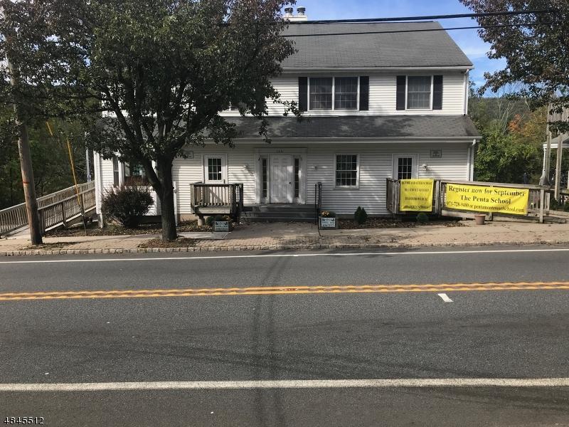 Comercial por un Venta en 1441 Union Valley Road West Milford, Nueva Jersey 07480 Estados Unidos