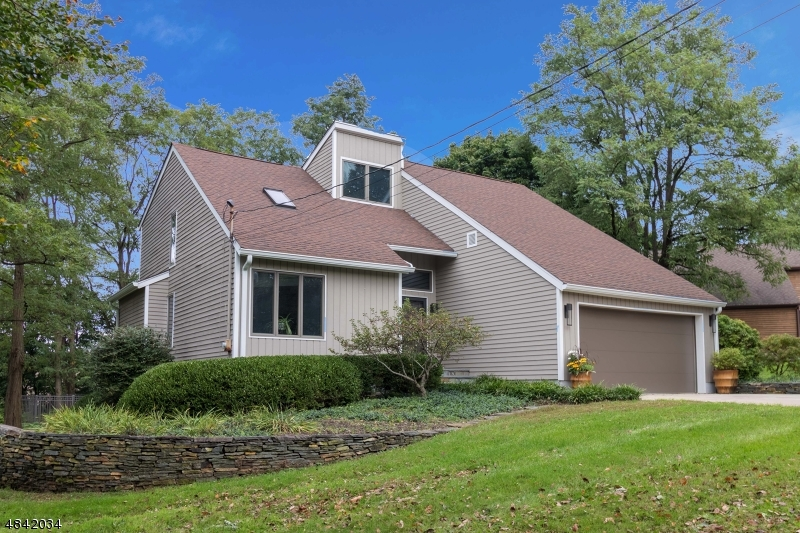Single Family Home for Sale at 4 MICHAEL Lane High Bridge, New Jersey 08829 United States