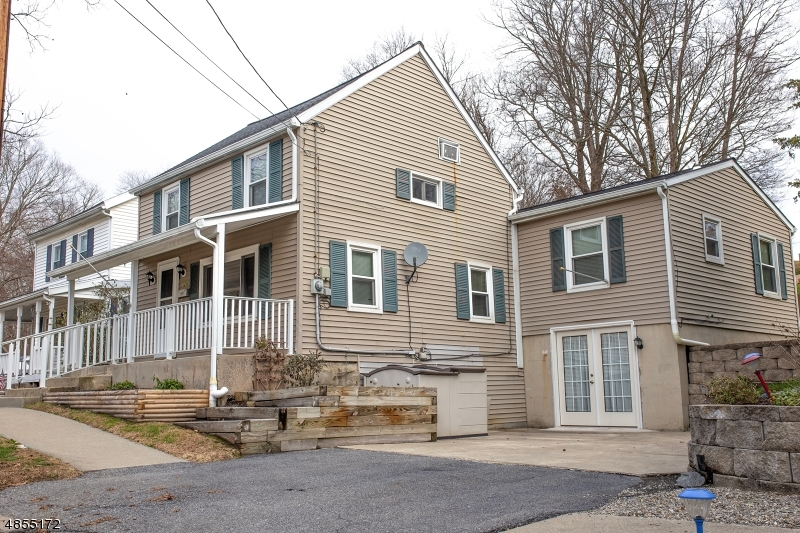 Single Family Home for Sale at 326 MARKET ST 326 MARKET ST Belvidere, New Jersey 07823 United States