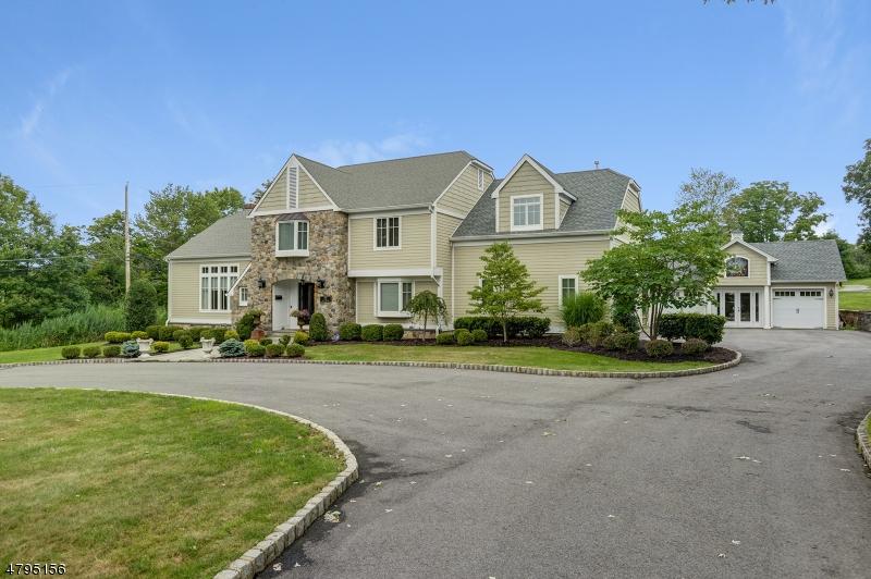 Частный односемейный дом для того Продажа на 73 E MADISON Avenue Florham Park, Нью-Джерси 07932 Соединенные Штаты