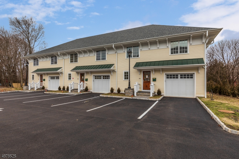 Condo / Townhouse for Rent at Mendham, New Jersey 07945 United States