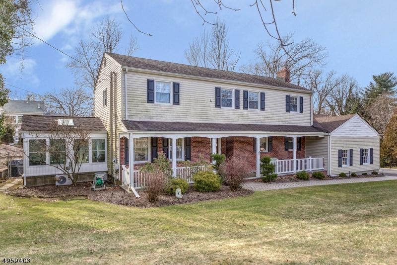 Property のために 賃貸 アット North Caldwell, ニュージャージー 07006 アメリカ