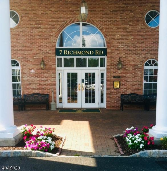Condo / Townhouse voor Huren op West Milford, New Jersey 07480 Verenigde Staten