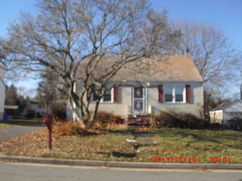 Additional photo for property listing at 422 Fredrick Street  Somerset, Нью-Джерси 08873 Соединенные Штаты