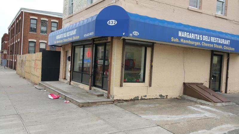 商用 为 销售 在 432 Central Avenue 纽瓦克市, 新泽西州 07107 美国