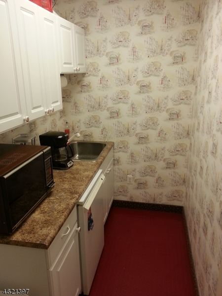 Additional photo for property listing at 31 Chatham Road  Summit, New Jersey 07901 United States