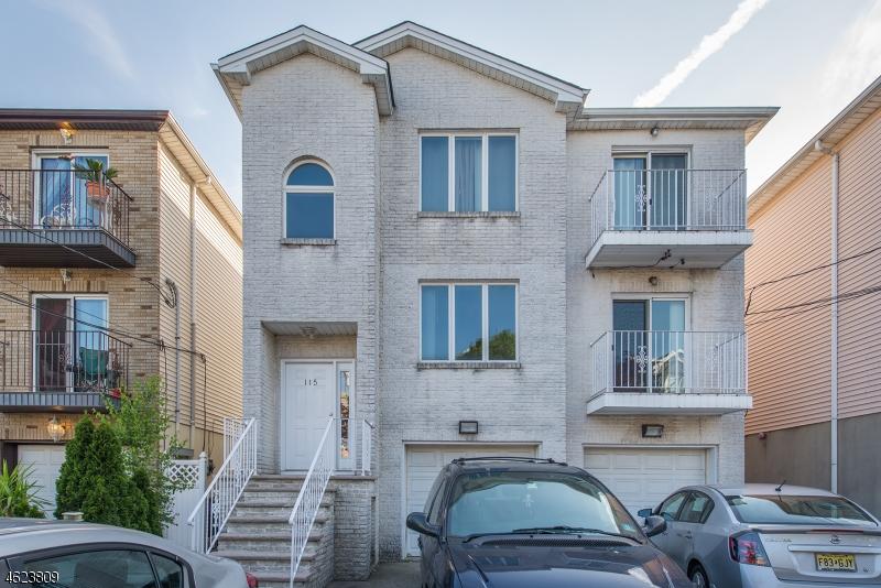 Многосемейный дом для того Продажа на 115 Brill Street Newark, Нью-Джерси 07105 Соединенные Штаты
