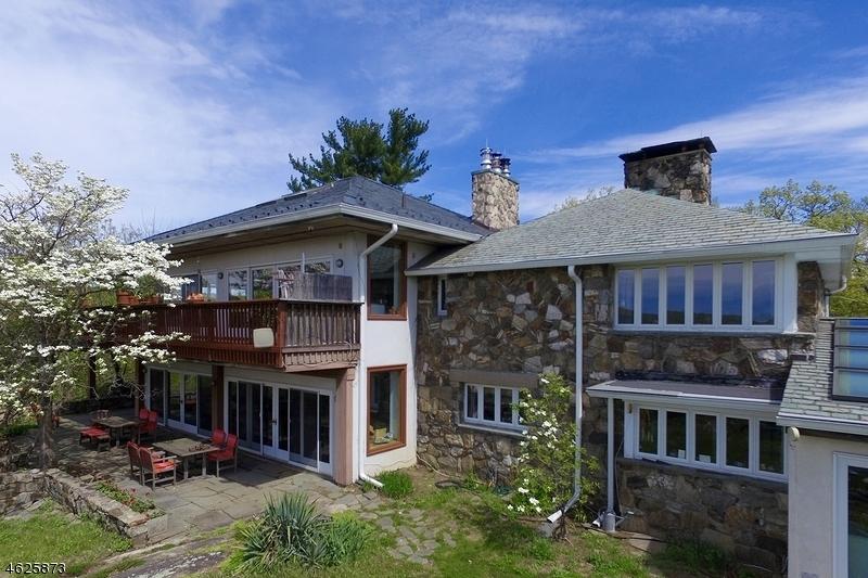 Частный односемейный дом для того Продажа на 201 Stag Hill Road Mahwah, 07430 Соединенные Штаты