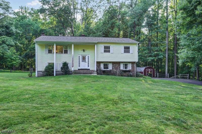 Casa Unifamiliar por un Venta en 23 Skyline Drive Warren, Nueva Jersey 07059 Estados Unidos