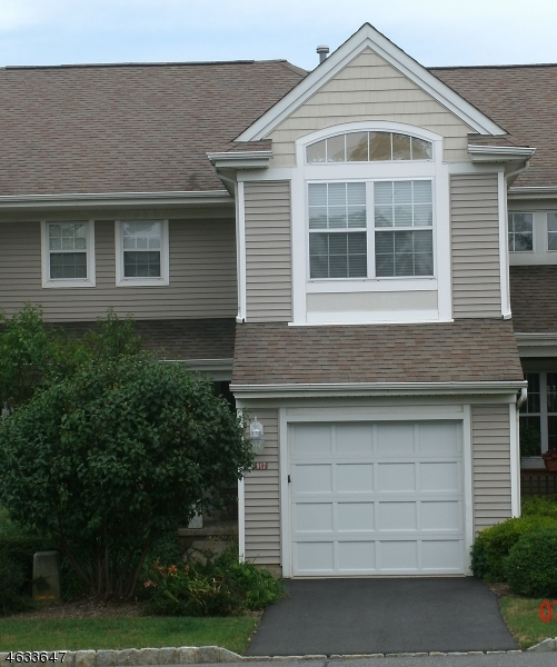 Additional photo for property listing at 917 Barn Owl Way  Stewartsville, Nueva Jersey 08886 Estados Unidos