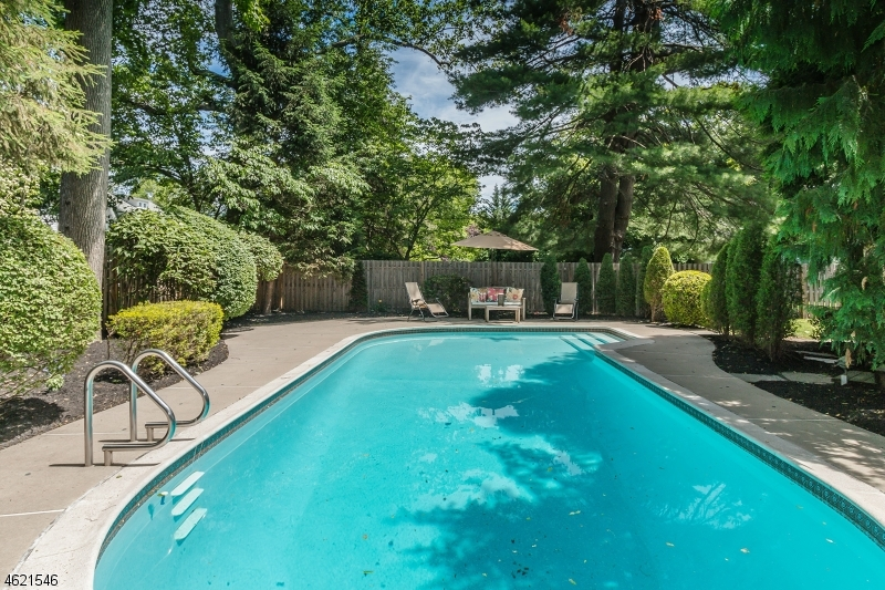 Additional photo for property listing at 600 Highland Avenue  Westfield, New Jersey 07090 United States