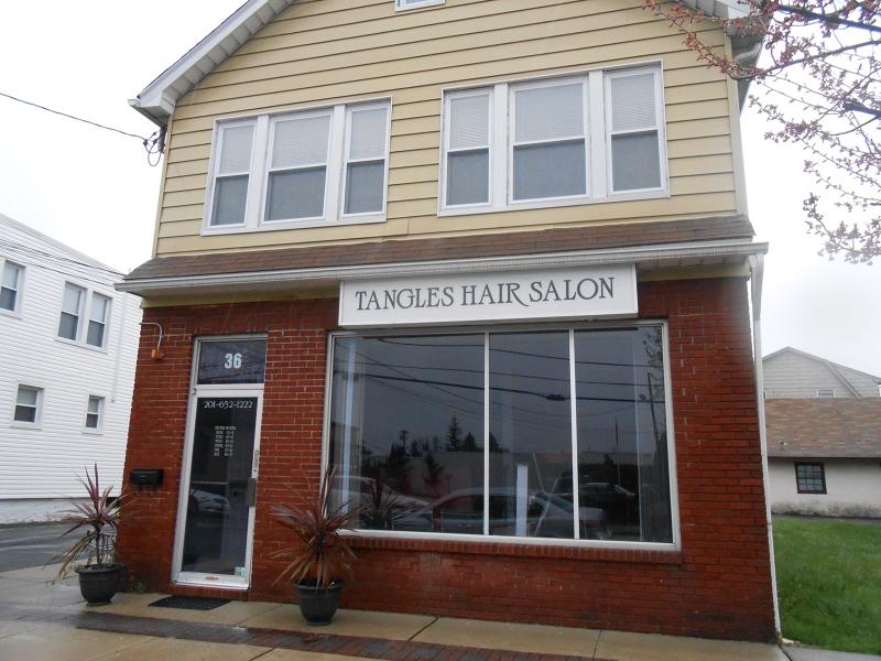 Частный односемейный дом для того Аренда на 36 Central Avenue Midland Park, Нью-Джерси 07432 Соединенные Штаты