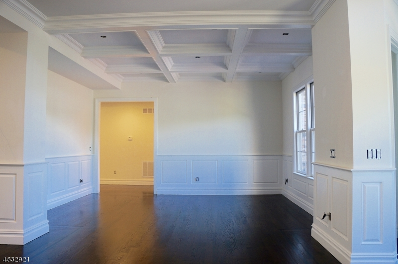 Additional photo for property listing at 27 Jaclyn Drive  East Hanover, New Jersey 07936 États-Unis
