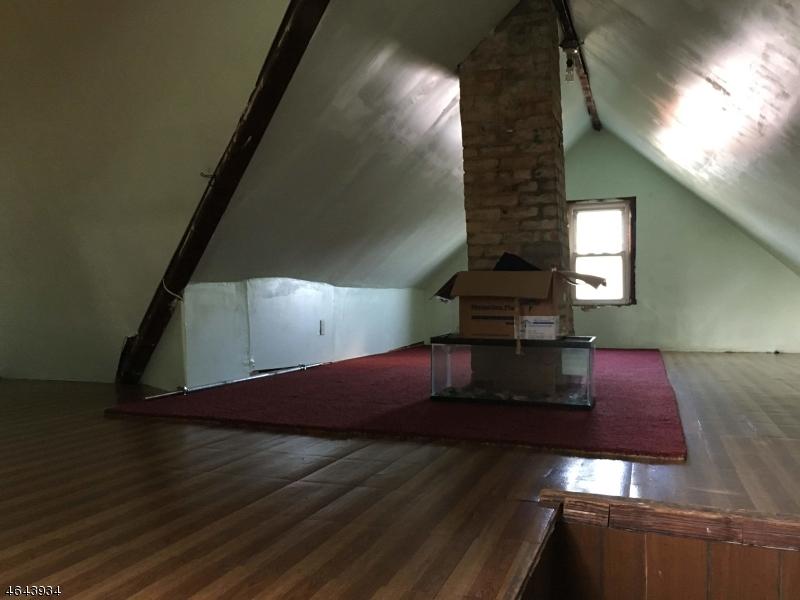 Additional photo for property listing at 129-131 N 7TH Street  Paterson, Нью-Джерси 07522 Соединенные Штаты