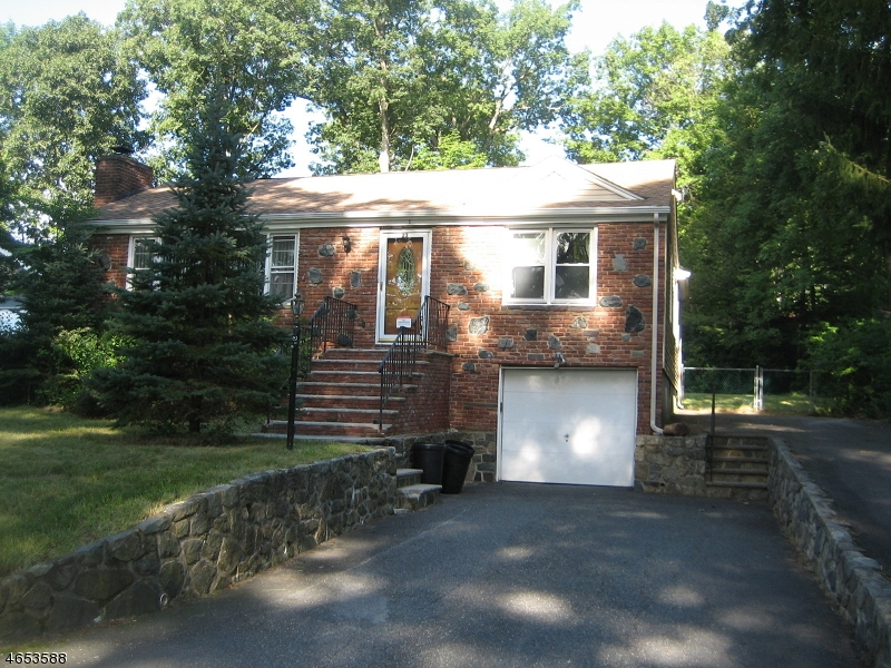 Single Family Home for Sale at 23 W Lakeview Trail Wharton, New Jersey 07885 United States