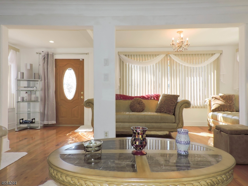 Additional photo for property listing at 23 Fairbanks Street  Hillside, New Jersey 07205 États-Unis