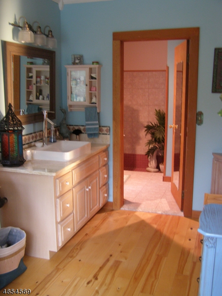 Additional photo for property listing at 122 Lincoln Laurel Road  Newton, Nueva Jersey 07860 Estados Unidos