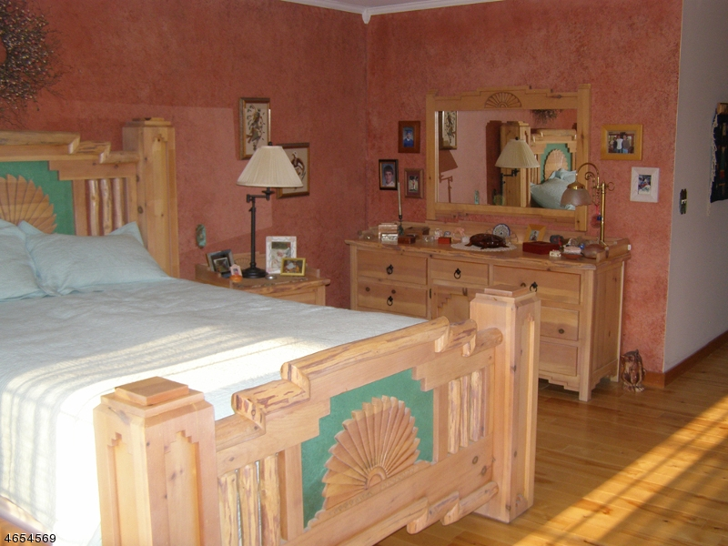 Additional photo for property listing at 122 Lincoln Laurel Road  Newton, New Jersey 07860 États-Unis