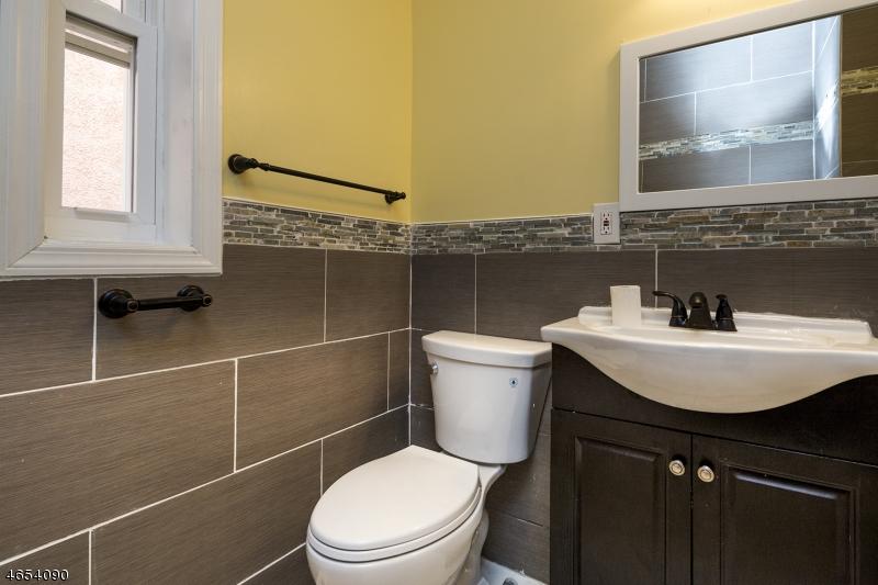 Additional photo for property listing at 40 E 19th Street  Linden, Нью-Джерси 07036 Соединенные Штаты