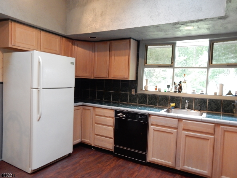 Additional photo for property listing at 10 Cowie Road  Chester, New Jersey 07930 United States