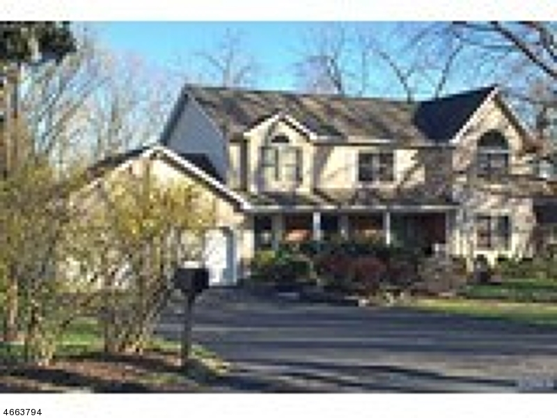 Additional photo for property listing at 7 Orchard Road  Park Ridge, New Jersey 07656 États-Unis