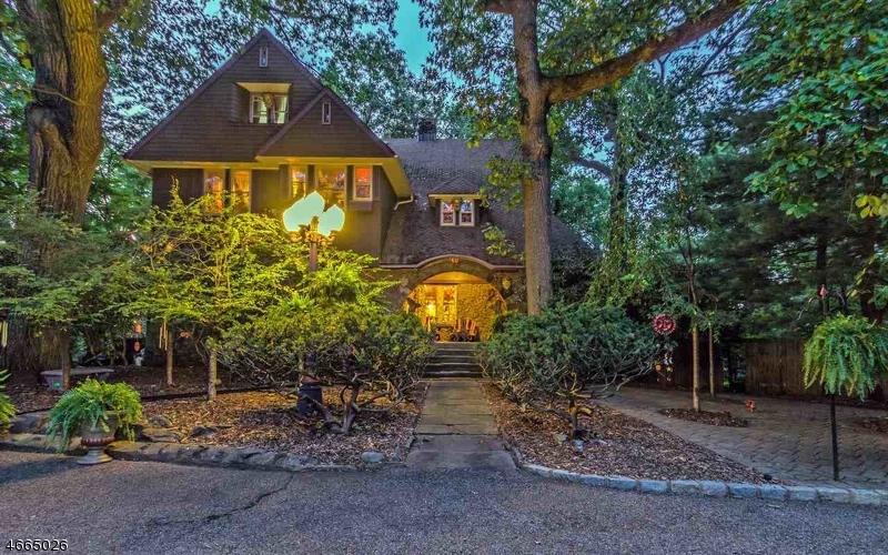 Частный односемейный дом для того Продажа на 10 Overlook Park Verona, 07044 Соединенные Штаты